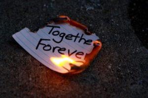 燃えてるメモ用紙