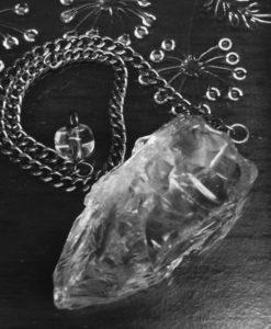 水晶のペンデュラム